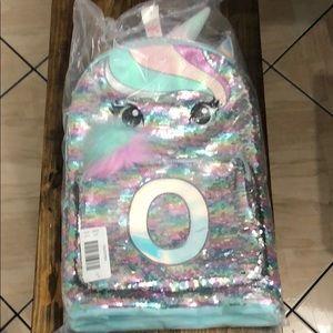 Girls unicorn school bag letter O